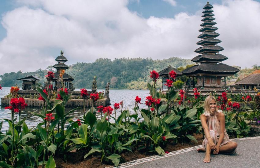 Lovina, Bali Adası