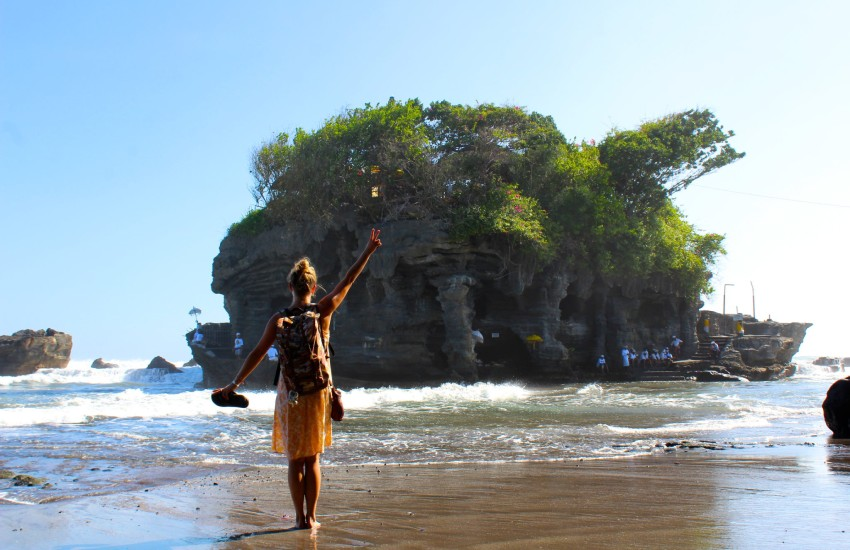 Pura Tanah Lot, Bali Adası