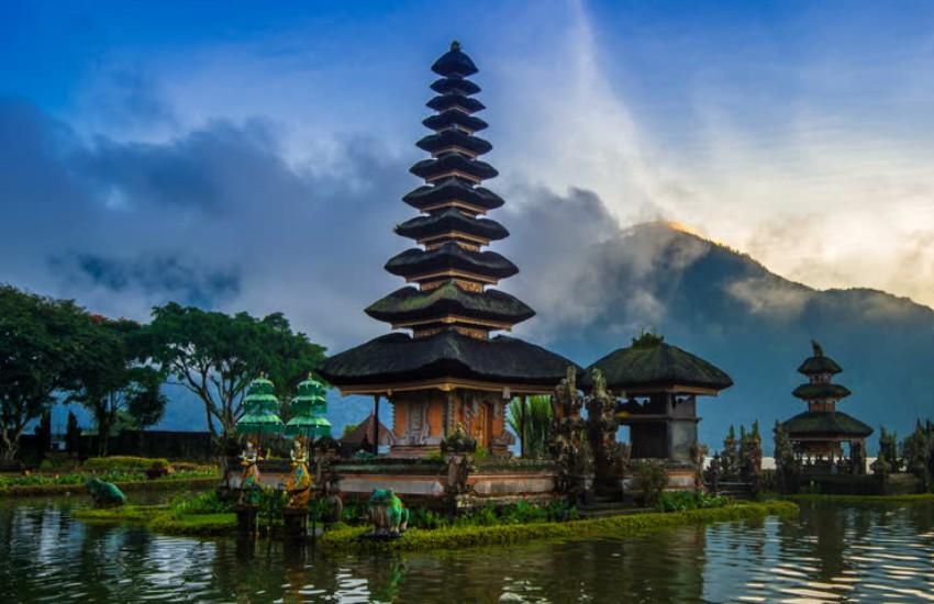 Pura Ulun Danu Bratan, Bali Adası